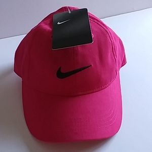 NIKE GIRLS/ BOYS COTTON 4/7 OR INFANT HAT NWT